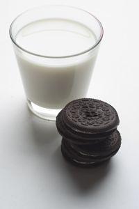 Калорійність молока, корисні властивості - Калорійність молока